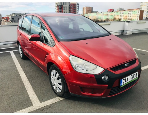 2.Ford S-Max